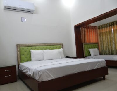 Lavish Inn Guest House (Triple Room 1)