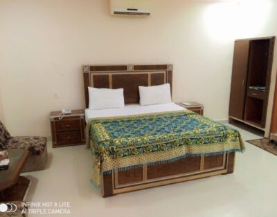 New Royal Residency (Double Room 2)