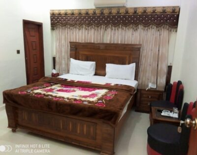 New Royal Residency (Double Room 4)
