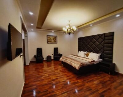 Defence Residency Guest House (Delux Double Room 1)