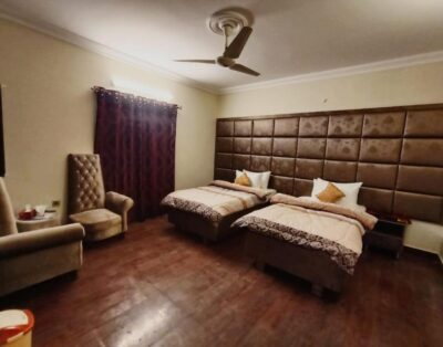 Defence Residency Guest House (Delux Twin Room )