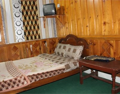 Luxury Rooms at Ever Grenn Hotel Miandam Swat( Tripple Beds Room ) 05